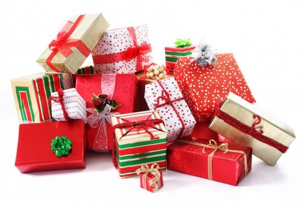Hallmark 12 gifts of christmas